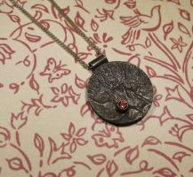 Reticulated oxidized Sterling Silver pendant by Utinni