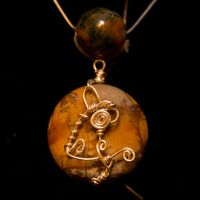 Agate Wired Artistic Cat Pendant Necklace by SingapuraStudio
