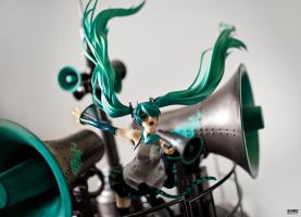 AOI 10: GSC HATSUNE MIKU: LOVE IS WAR VER DX by Shiro169
