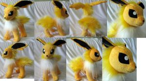 Jolteon plush by Rens-twin