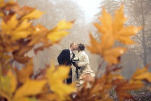 Autumn Kiss by Andre99