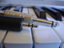 Keyboard Music and Plugs by leandroconradt95