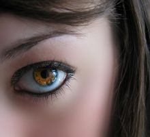 beautiful EYE brown by erykucciola-sToCk