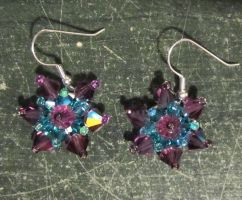 Crystal flower earrings by AnaInTheStars
