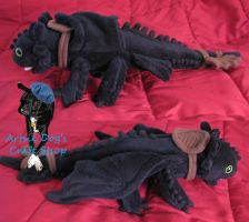 Toothless plush by ArtsieDog
