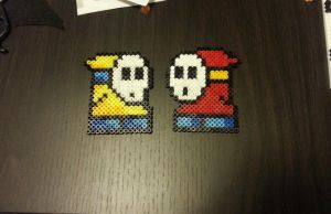 8 bit Shy Guys by Samii-Doll