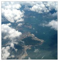 Over Hong Kong by HypnoFrogs