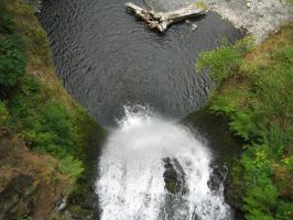 Lower Multnomah Falls 1 by rifka1
