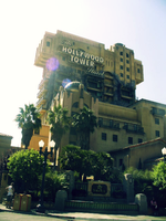 The Hollywood Tower Hotel by saturn-rings