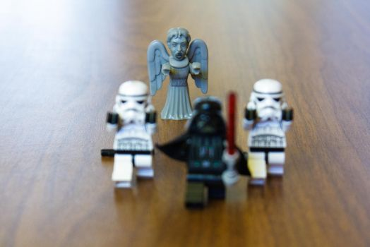Don't blink! by GrekoFF