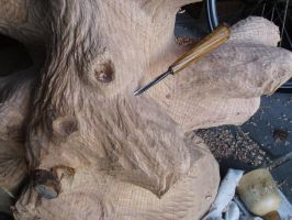 making eagles trunk by woodcarve