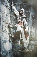 Assassin's Creed II fem!Ezio Auditore cosplay 12 by Ko-shi-patrick