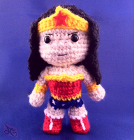 Wonder Woman Chibi Inspired Amigurumi by AmiAmaLilium