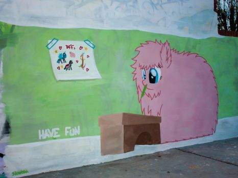Fluffle Puff Graffiti by ShinodaGE