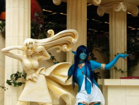 The Djinn and the Pythie [Paimon cosplay] by Hanoko