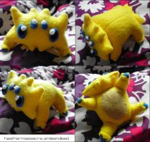 Joltik Plush by SmileAndLead