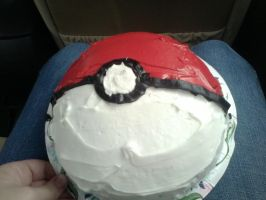 Pokeball Cake by otakuHime19