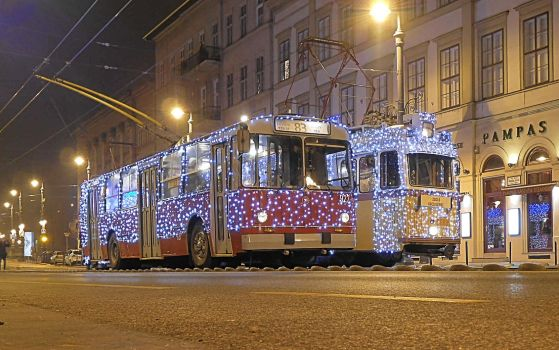 Christmas Light Trolley/Tram Budapest (2016.12.18) by Gothpaladinus