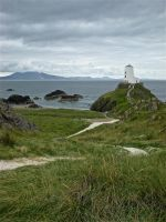 Lighthouse atop the Hill by bethany-robyn