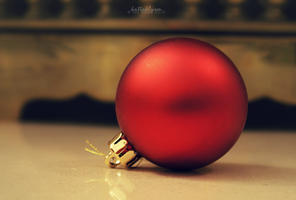 Bauble by KaTT-a-KlysM