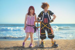 Kingdom Hearts 2: Kairi and Sora by behindinfinity