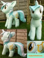 Lyra V1 by hoppip