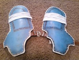Before and After: yay painting leather! by VFire