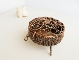 Jewelry box - wire sculpture by UrsulaOT