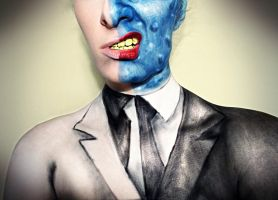 Two Face Suit by XxXTABSXxX