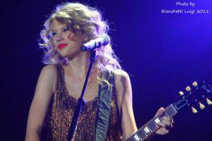 Taylor Swift Live Milano 6 by luis75