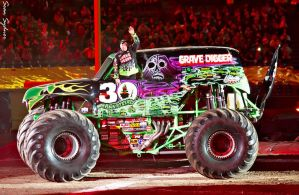 Grave Digger Wave by XXduckXmasterXX