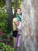 Flynn and Rapunzel Movie Pose by Chingrish