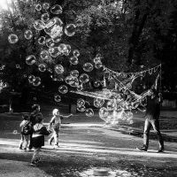 InstaG: The Bubblemaster by Helkathon