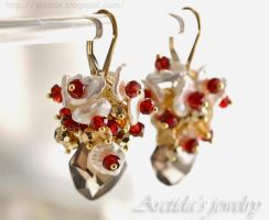 *Lanlea* gemstone earrings by Arctida