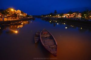 Hoi An at Night by drewhoshkiw