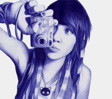 Girl with camera by Leonatsume
