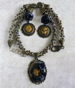 Jewelry Set with Roses and Faces by RinaKirishima