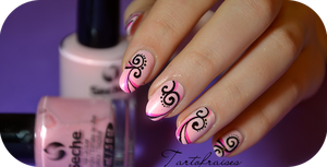 nail art with a pen by Tartofraises