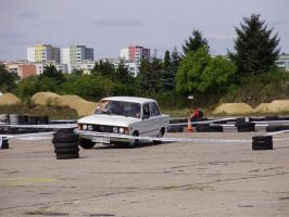 Drift by Fiat 125p - the seaquel by Levvvar