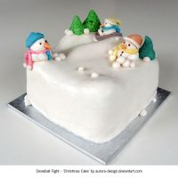 Snowball Fight Christmas Cake by aurora-design