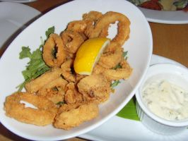 Fried Calamari by Gexon