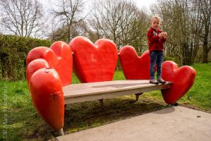 Love seat by TLO-Photography
