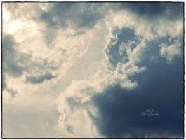 The sky 2 by moonik9