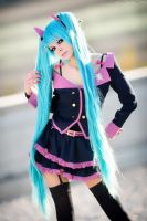 Hatsune Miku Sweet Devil Honey Whip - Cosplay by KellyHillTone
