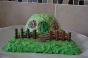 Hobbit Cake by sunlitlake