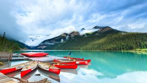Lake Louise by andyietok