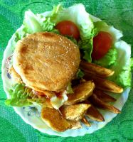 Beef burger with potato wedges by plainordinary1