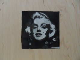 Marilyn Monroe by xWolverineMan