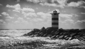 Lighthouse by miel-g