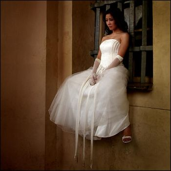 lonely bride. by fantaijo